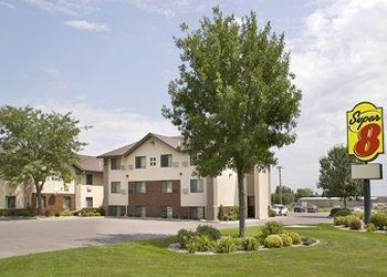 2405 Se 6th Ave, South Dakota, Super 8 Motel East