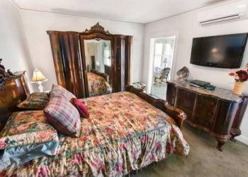 Hotel Rockport, 127 Granite Street, Yankee Clipper Inn