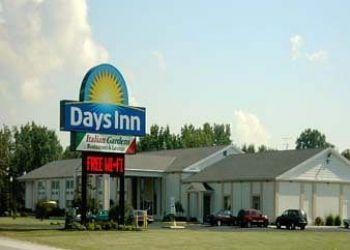 Hotel Fremont, 3701 N St Rt 53,, Hotel Days Inn Fremont, OH**