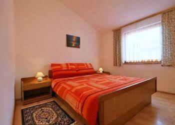 Baldini 31, 52440 Vrvari, Apartments Vrvari