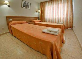 Hotel El Morell, AMADEU VIVES, 32, 43481 LA PINEDA, SPAIN, Pineda Park Apartments