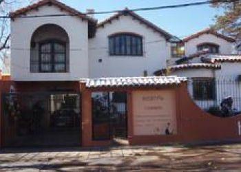 Cobos 92 & Acceso Este, 5500 Mendoza, Hostel Chimbas
