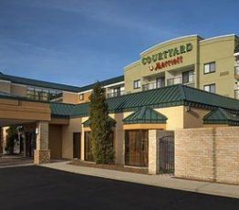 3695 Orange Place, Ohio, Courtyard by Marriott