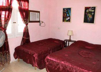 Alloggi privati Trinidad, Pedro Zerquera 173 e/c Lino Pérez y Camilo Cienfuegos., Hostal casa El ceramista