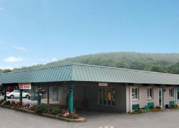 Hotel Pennsylvania, 405 Butler Rd, Quality Inn Royle