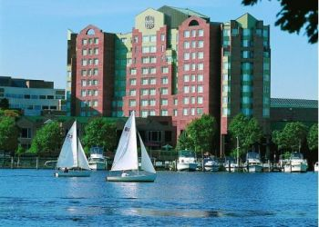 40 Edwin H. Land Boulevard, 2142 Cambridge, Hotel Royal Sonesta Boston Cambridge****