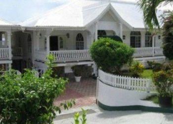 Hotel Barbruce, Kingstown Park, Grenadine House