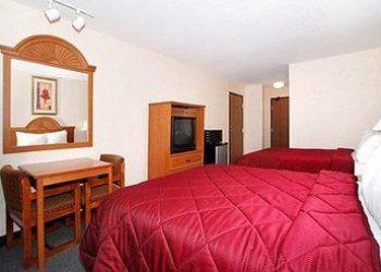 425 Western Ave, Fergus Falls, Comfort Inn