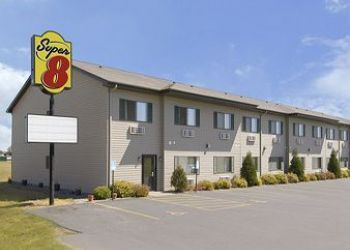 Hotel New Richmond, 1561 Dorset Ln, Hotel Super 8 New Richmond**