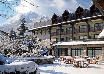 Hotel Sun Lari, Jardin des thermes 65170 - SAINT LARY-SOULAN FRANCE, Mercure Saint Lary Sensoria 4*