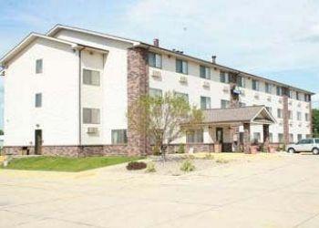 Hotel Bloomington, 1707 W Market St, Hotel Days Inn Bloomington, IL**