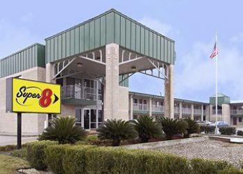 1525 N Highway 46, 78155 Seguin, Hotel Super 8 Seguin, TX**