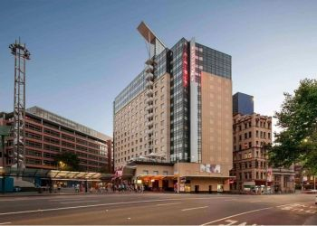 Hotel Chippendale, 818-820 George Street, Hotel Mercure Sydney***