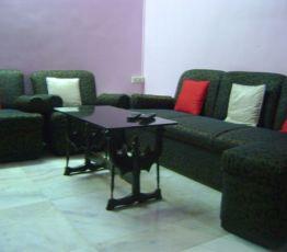 2 bedroom apartment Maharashtra, Ceaser road, Наталья: I have a room