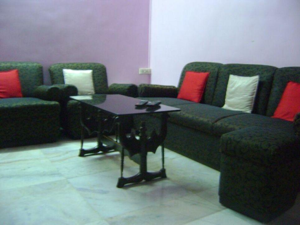 Наталья: I have a room, Ceaser road, Maharashtra