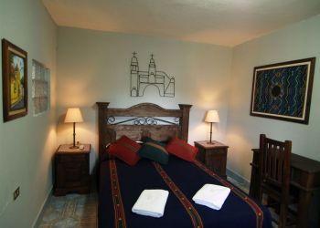 Hotel Antigua Guatemala, 6th Ave Norte 8, Hotel Casa Rustica**