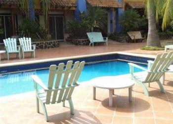 Albergo Managua, Canal 2 de television 75 vrs abajo,, Hotel Europeo**