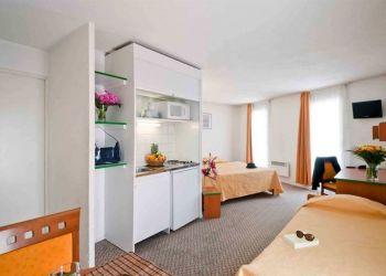 Hotel Courbevoie, 1 rue Bitche, La Defense, Aparthotel Adagio Access Defense Charras**