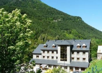 Hotel Bielsa, Ctra A-138 Km 79,500, Hotel Camping Bielsa