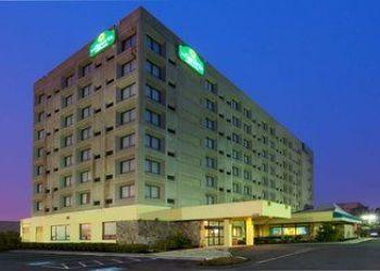 Hotel Connecticut, 400 Sargent Dr, La Quinta Inn & Suites New Haven