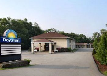 Hotel Donegal, 3620 Route 31,, Hotel Days Inn Donegal, PA**