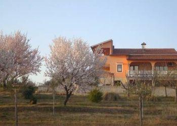 Buranka 11, 52440 Vrvari, Villa Alice