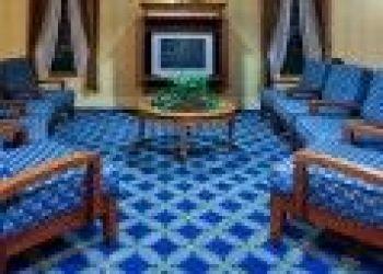 1701 NORTH UNIVERSITY DRIVE, Plantation, Holiday Inn Express Hotel & Suites Plantation 2*