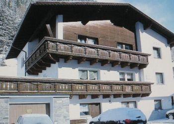 Mathoner Straße 42, 6562 Ischgl, Helga
