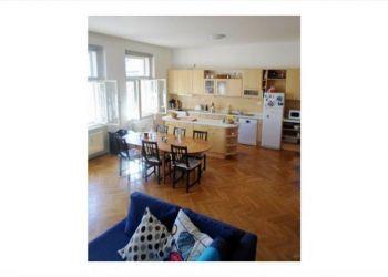 House Praha 2, U zvonarky, Defrocourt: I have a room