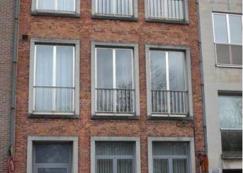 More room apartment Brugge, Sanne: I have a room