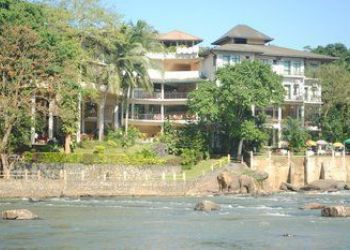 PINNAWELA, RAMBUKKANA,  PINNAWELA, Nelawa, Elephant Bay