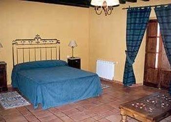 Hotel Puentes Viejas, Avda. del Villar, 21, Hostel Posada El Aprisco