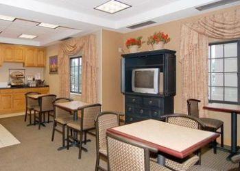 Hotel Kalamazoo, 739 WEST MICHIGAN AVENUE, KALAMAZOO, 49007, Comfort Inn Kalamazoo