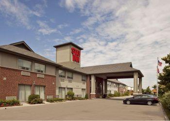 Hotel Toronto, 560 Evans Avenue,, Hotel The Stay Inn**