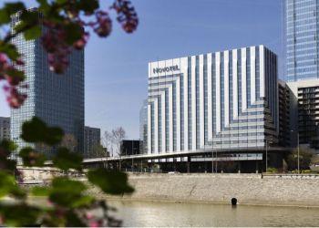 Hotel Nanterre, 2 Boulevard De Neuilly, Hotel Novotel Paris La Defense