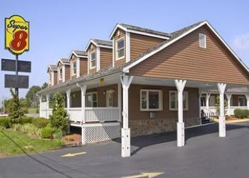 Hotel Christiansburg, 2780 Roanoke St,, Hotel Super 8 Christiansburg/Blacksburg Area, VA*