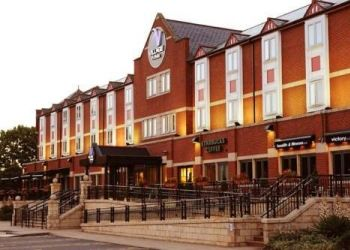 Hotel Brandon, Dolomite Avenue, Village