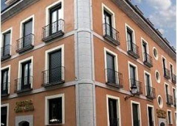 C/ Barco, 8, 40100 La Granja de San Ildefonso, Hotel San Luis