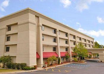2203 S Eleventh St, Michigan, Baymont Inn & Suites Kalamazoo