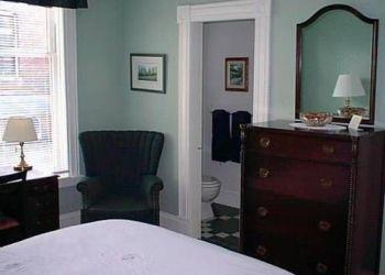 Apartment Saint John, 220 Germain St., Mahogany Manor Bed & Breakfast