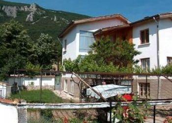 Hotel Pavolche, 33, Hristo Botev str., Maia Villa