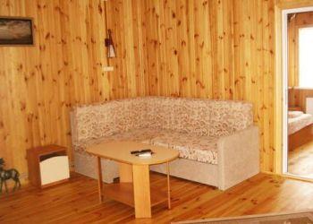 Azovskaya Street 122, 75509 Heniches'ka Hirka, Villa Safari