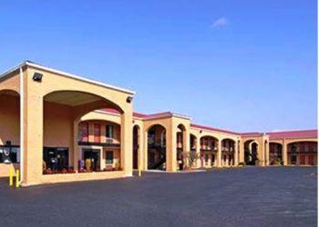 Hotel Wedgewood, 1310 HWY 29 SOUTH, NEWNAN, 30263, Howard Johnson Inn Newnan Ga