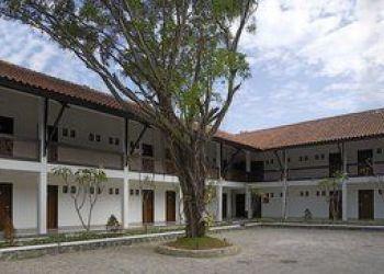 Hotel Cangkolan, JALAN SILIWANGI 70,  CIREBON, Amaris Cirebon