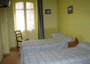 Hotel Bagnères-de-Bigorre, 19 Avenue Prosper Nogues, Hotel Tivoli