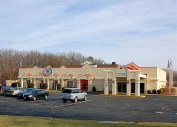 Hotel Windsor Locks, 5 Ella Grasso Turnpike, Hotel Ramada Bradley Airport Windsor Locks, CT**