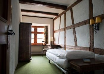 Hotel Weesen, Betliserstrasse 16, Flyhof