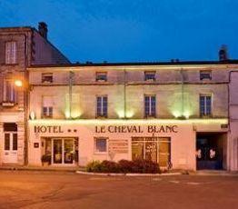 6 Et 8 Place Bayard, 16100 Cognac, Hotel Citotel Cheval Blanc**