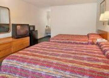 308 South Hughes Blvd, 27909 Elizabeth City, Hotel Days Inn Elizabeth City*