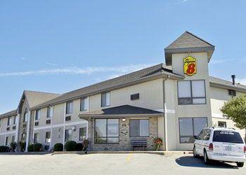 Hotel Iowa, 207 Hwy 30 W, Super 8 Motel